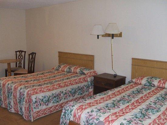 Hatfield, MA: Guest room