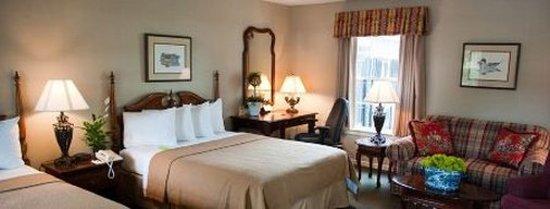 Merry Acres Inn: Guest room