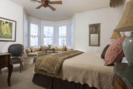 Washington Square Inn: Guest room