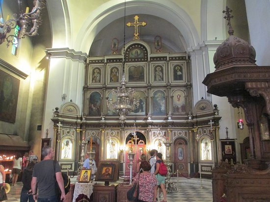 St. Nikola Church : Altare con Icone