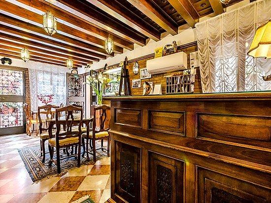 Hotel Ariel Silva: Bar/Lounge