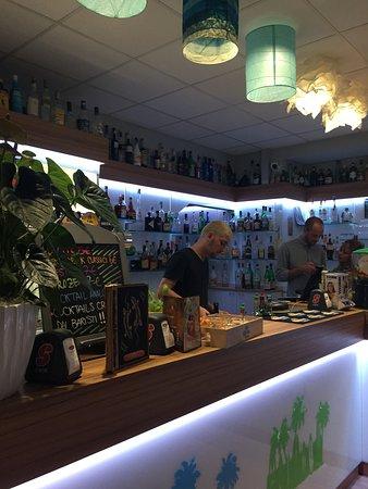 Lido di Dante, อิตาลี: Interno Bar e Bancone