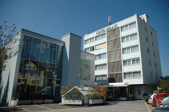 Wallisellen, Suiza: Exterior