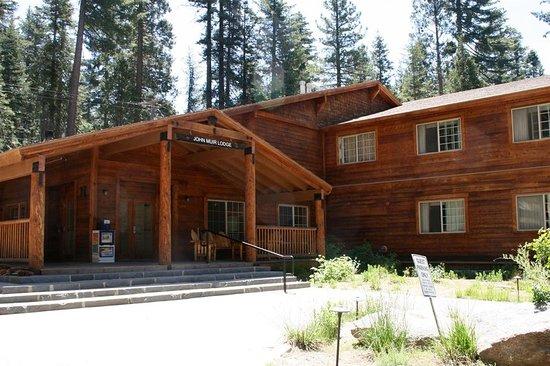 JOHN MUIR LODGE (Sequoia and Kings Canyon National Park