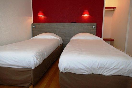 Inter-Hotel Rouen Oissel : Guest room
