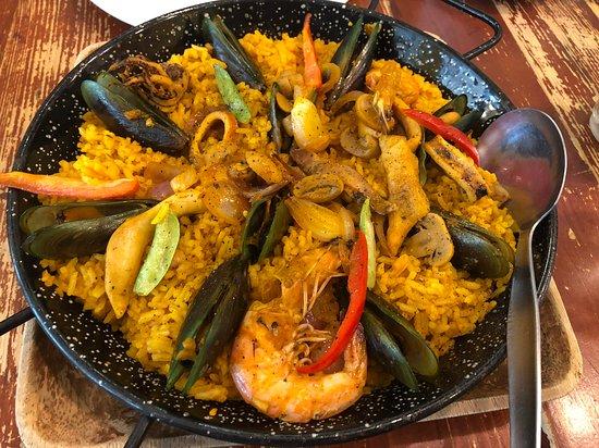 Tanza, Philippines: Hmmmm yummy Paella Marinara..
