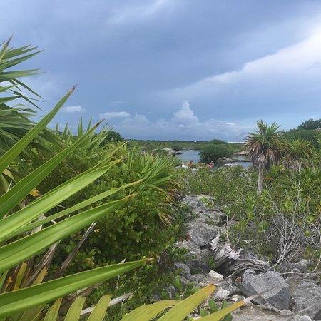 Yal-ku Lagoon Photo