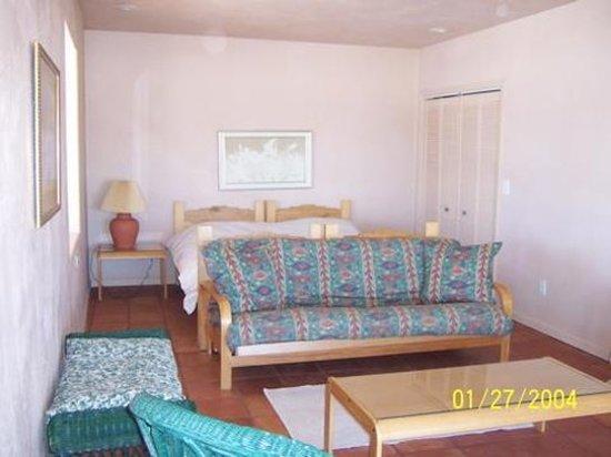 Dove Creek, CO: Guest room