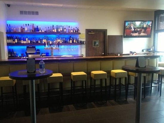 Ford City, بنسيلفانيا: Bar/Lounge