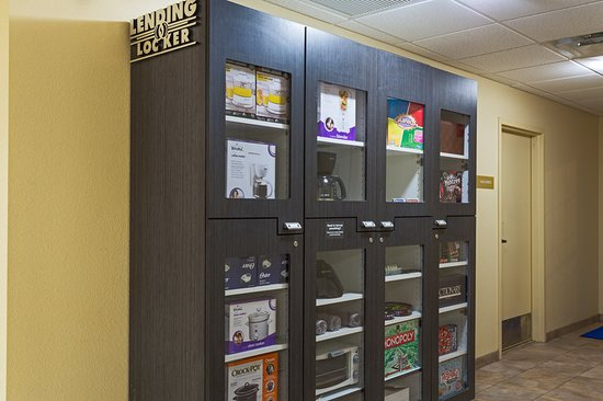 Candlewood Suites Tallahassee: Property amenity