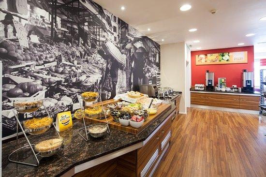 Holiday Inn Express Leicester City: Restaurant