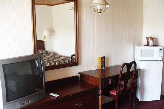 Montross, VA: Guest room