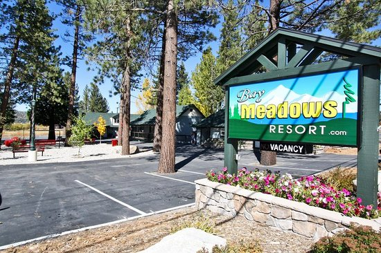 Bay Meadows Resort: Exterior