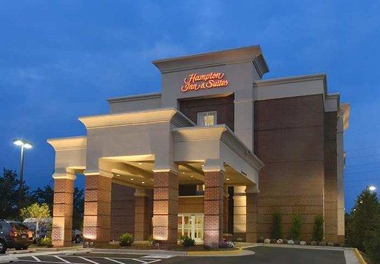 Hampton Inn & Suites Herndon-Reston