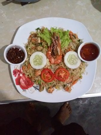 Priyamoon Cafe and SeaFood Restaurant: owner