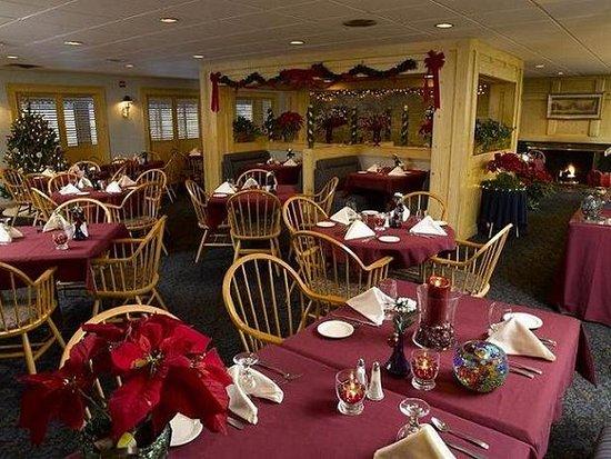 Fireside Inn & Suites Portland: Restaurant