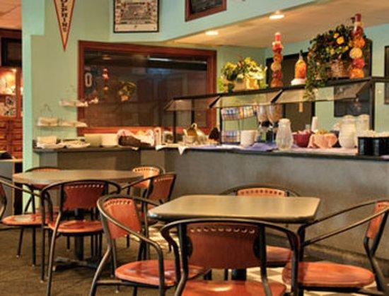 FairBridge Inn & Suites East Hanover: Restaurant
