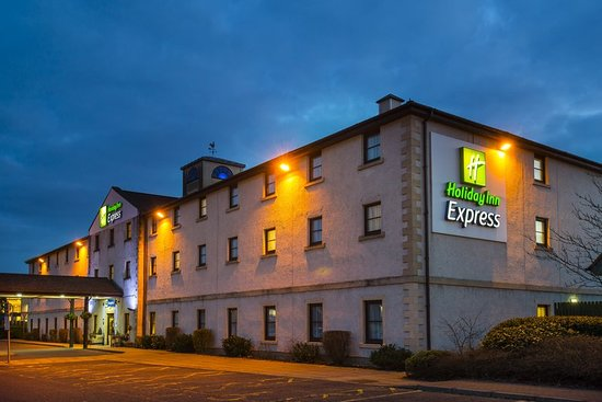 Holiday inn express perth 55 6 8 updated 2019 prices hotel reviews scotland for Hotels in perth scotland with swimming pool