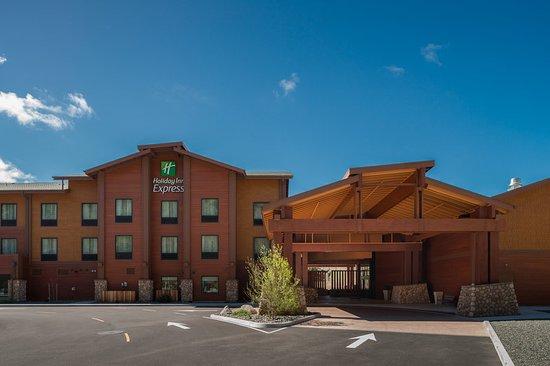 Holiday Inn Express Klamath Redwood Nt'l Park Area
