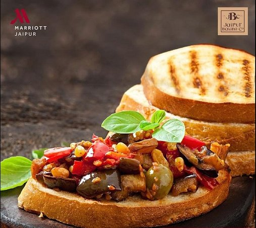 Jaipur Baking Company: Can't miss out on the perfect toasted bread!