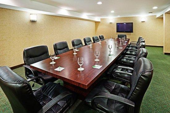 Holiday Inn Norton: Meeting room