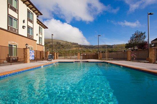 Lebec, Калифорния: Pool