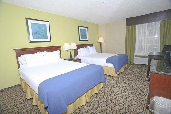 Holiday Inn Express Roseville: Guest room