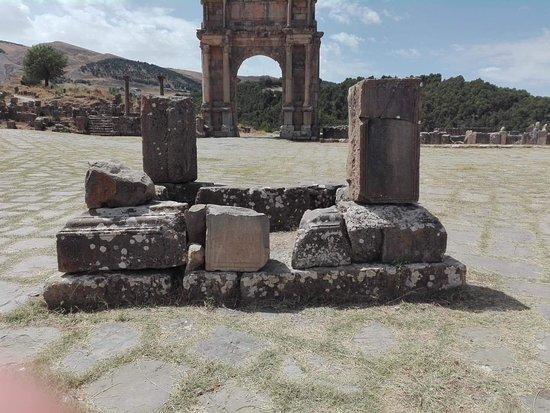 Djemila, Algeria: received_2084204428508211_large.jpg