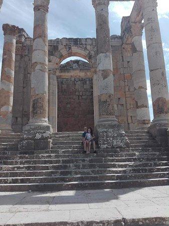 Djemila, Algeria: received_317457022322362_large.jpg