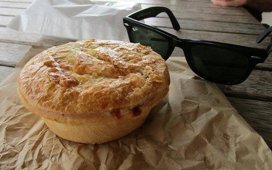 Blackbutt, ออสเตรเลีย: The Drover pie