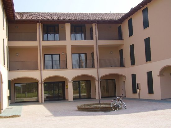 Montecchio Emilia 사진