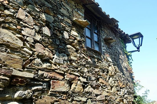 Lousa, Portugal: Traditional schist construction