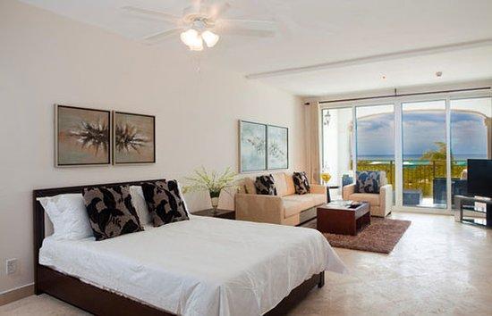 La Vista Azul Resort: Guest room