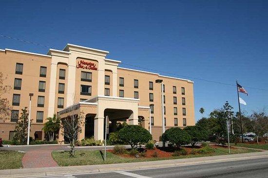 Hampton Inn and Suites Largo