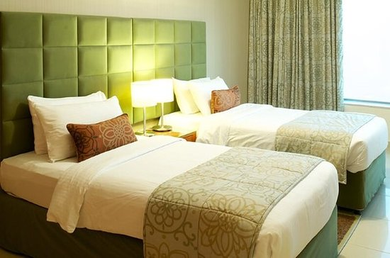 Al Salam Hotel Suites: Guest room