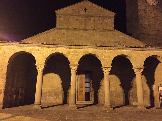 Parish Church of Saint Peter at Pitiana Photo