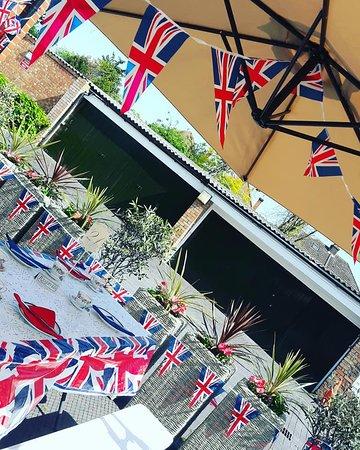 Liana's Tea Shop: From the Royal Afternoon Tea