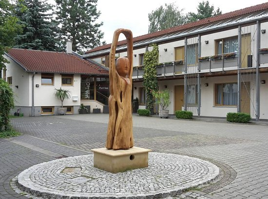 Eichwalde, Deutschland: Exterior