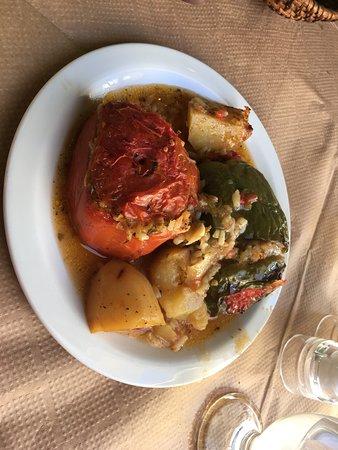 Pigadia, Yunani: Gevulde paprika's