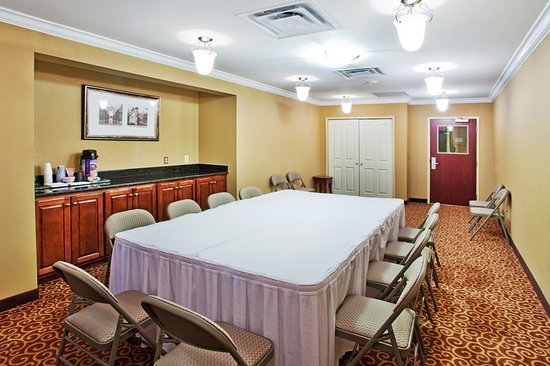 Holiday Inn Express Hotel & Suites Macon West: Meeting room