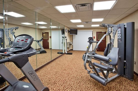 Holiday Inn Express Hotel & Suites Macon West: Health club