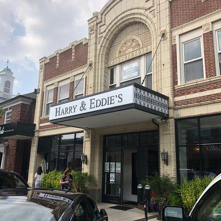 Harry & Eddie's Restaurant