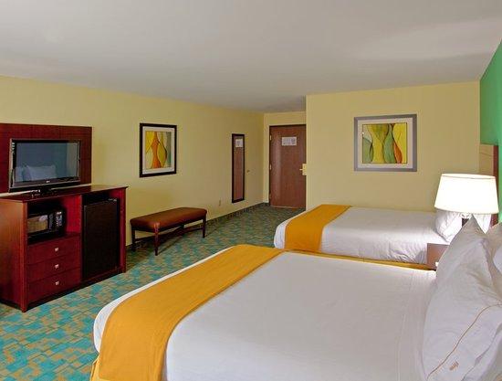 Holiday Inn Express Hotel & Suites Thornburg-S. Fredericksburg: Guest room