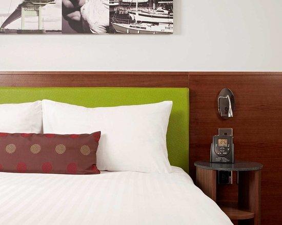 Magor, UK: Guest room