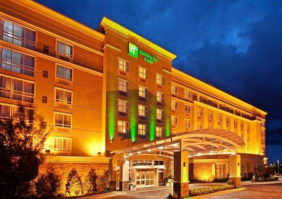 Holiday Inn Hotel & Suites Memphis-Wolfchase Galleria: Exterior