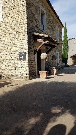 Coustellet, Francia: TA_IMG_20180908_165243_large.jpg