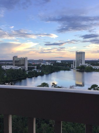 Best Western Lake Buena Vista - Disney Springs Resort Area: View from our balcony