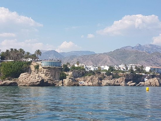 Caleta De Velez, Испания: Nerja from the sea.