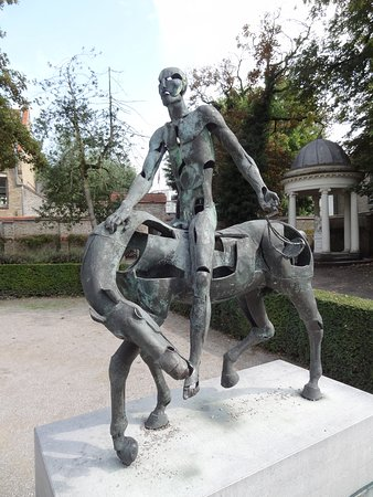 In Bruges Events - Day Tours: One of the Apocalyptic Horsemen in the Brangwyn Museum Courtyard