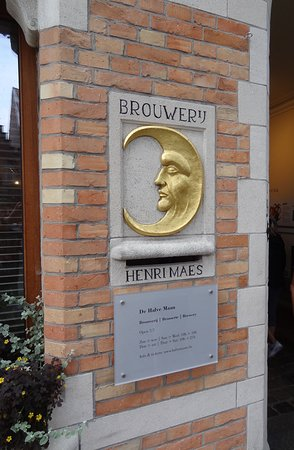 In Bruges Events - Day Tours: The Half Moon Brewery Entrance sign